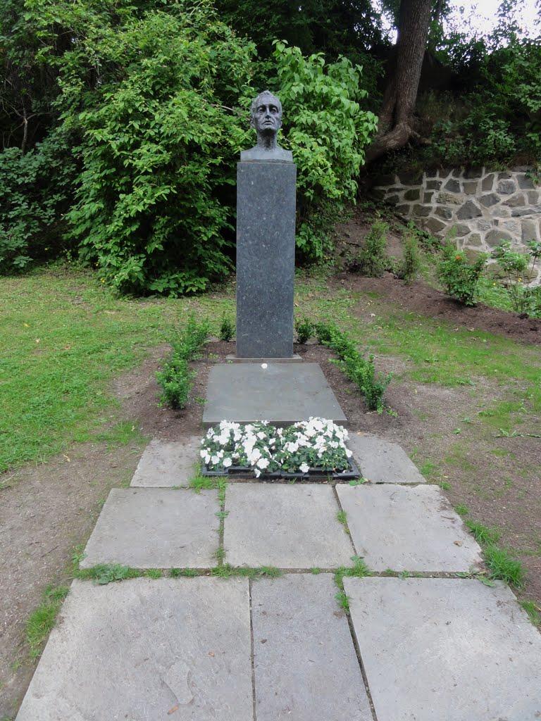 edvard-munchs-grave