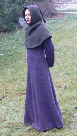 14th century Wool Dress