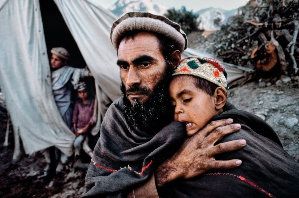 steve mccurry photo war