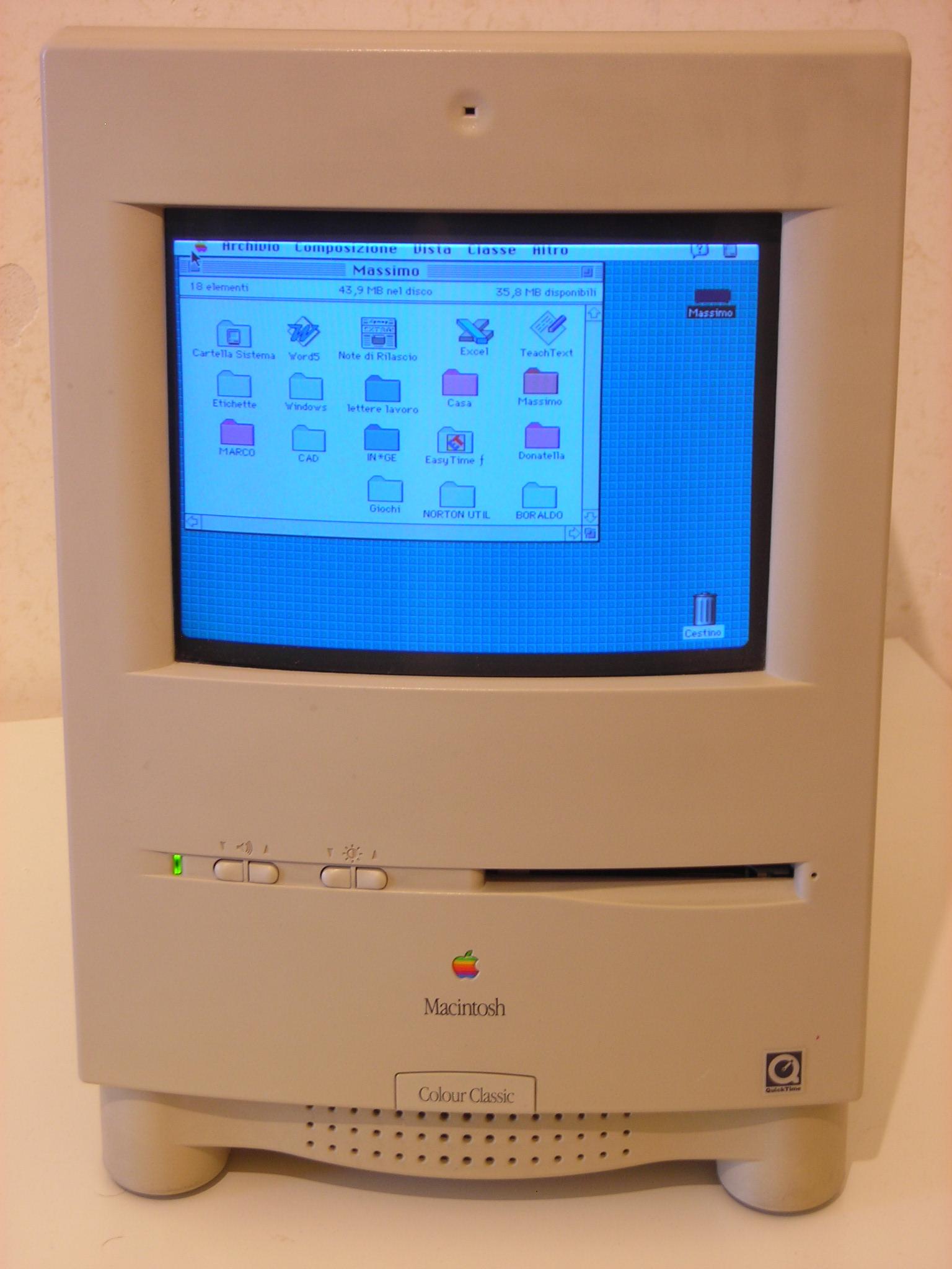Macintosh_Color_Classic_1994